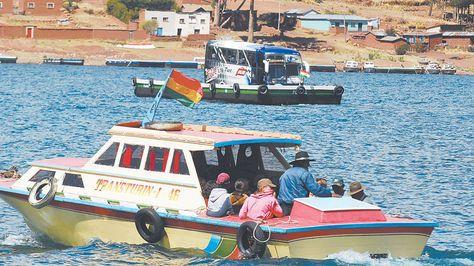 tiquina-turistas-pobladores-trasladados-seguridad_lrzima20101022_0009_3
